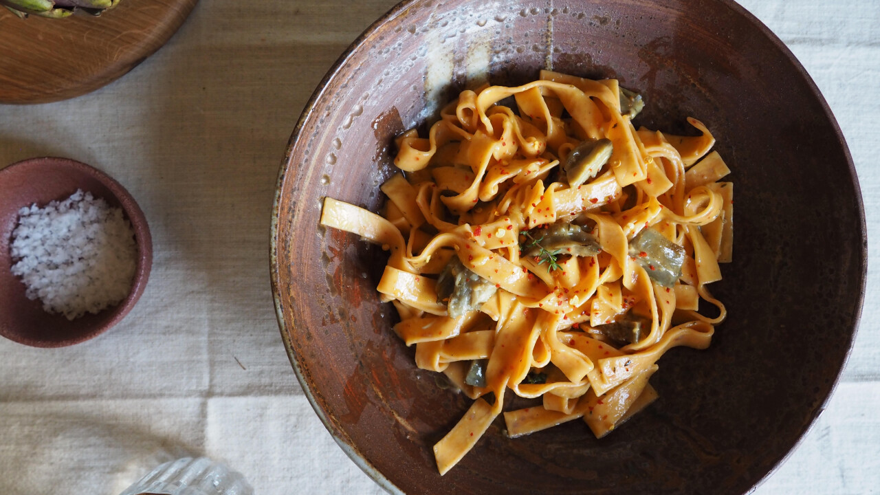Grillezett articsókás-chilis tagliatelle aiolival