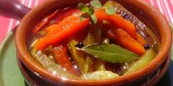 Olajos sültpaprika-saláta