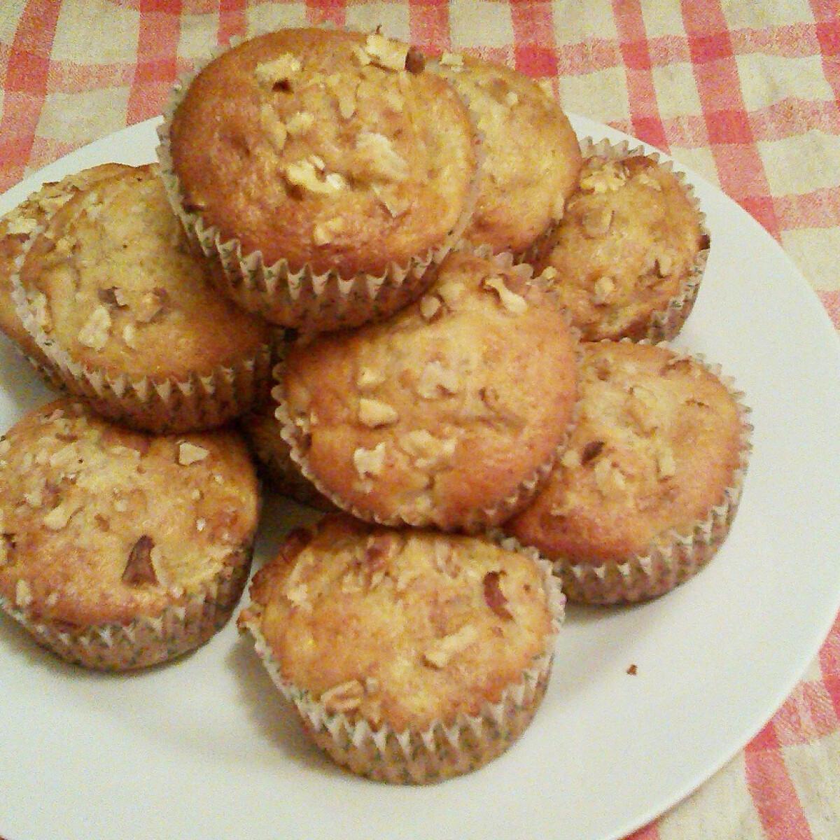 Ezen a képen: Nektarinos-diós muffin