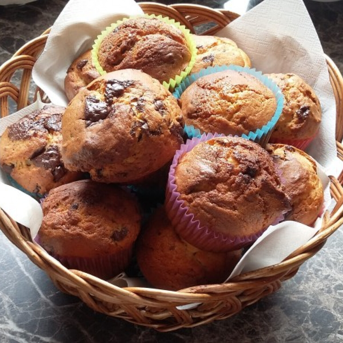 Ezen a képen: Extra csokis muffin