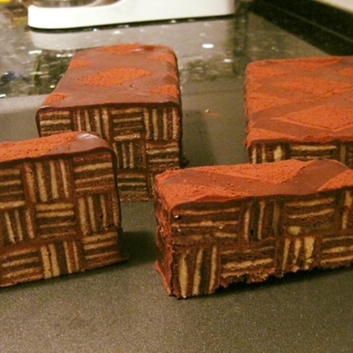Ezen a képen: Csíkos süti Éva házias konyhájától