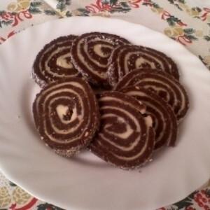 Diós keksztekercs
