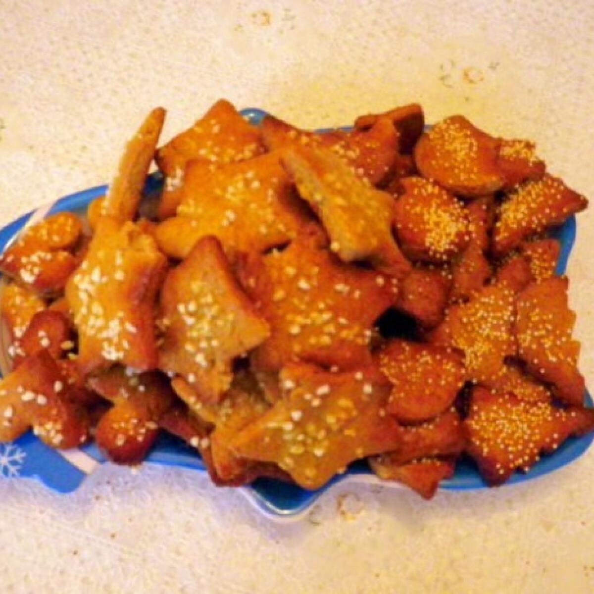 Ezen a képen: Fűszeres-mézes keksz