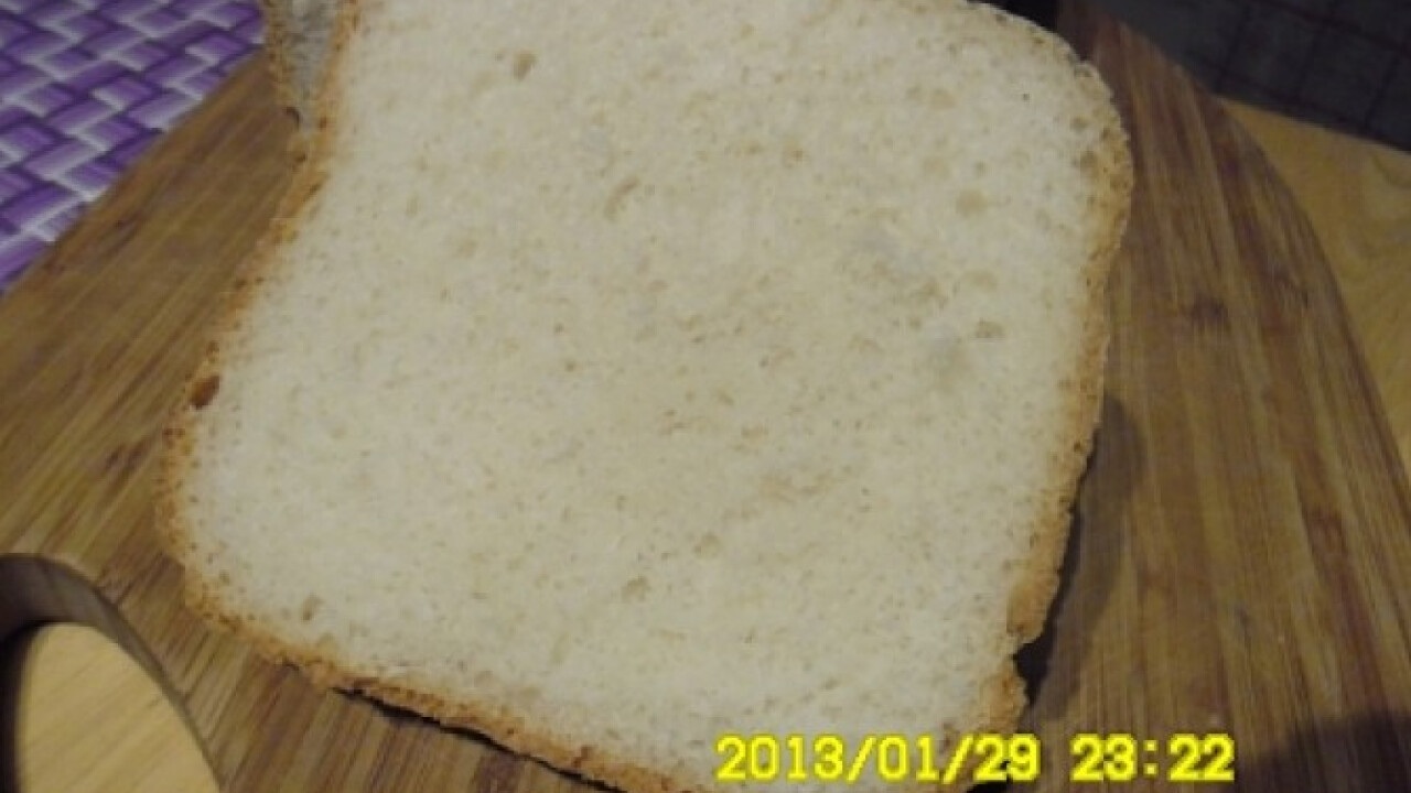 Fehér kenyér háztartási keményítővel