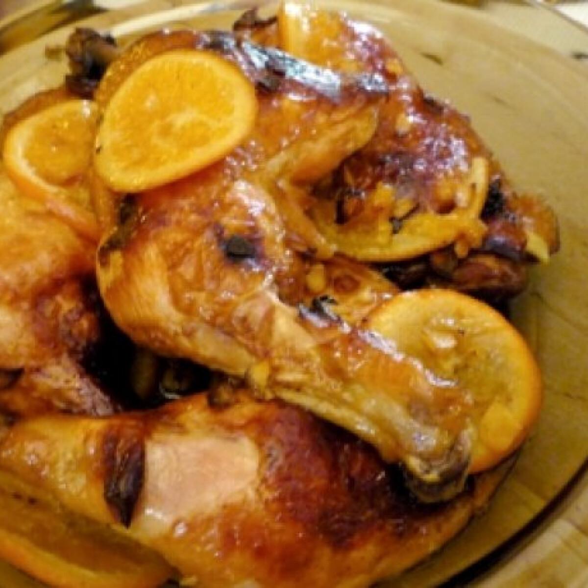 Ezen a képen: Narancsos-gyömbéres csirkecomb