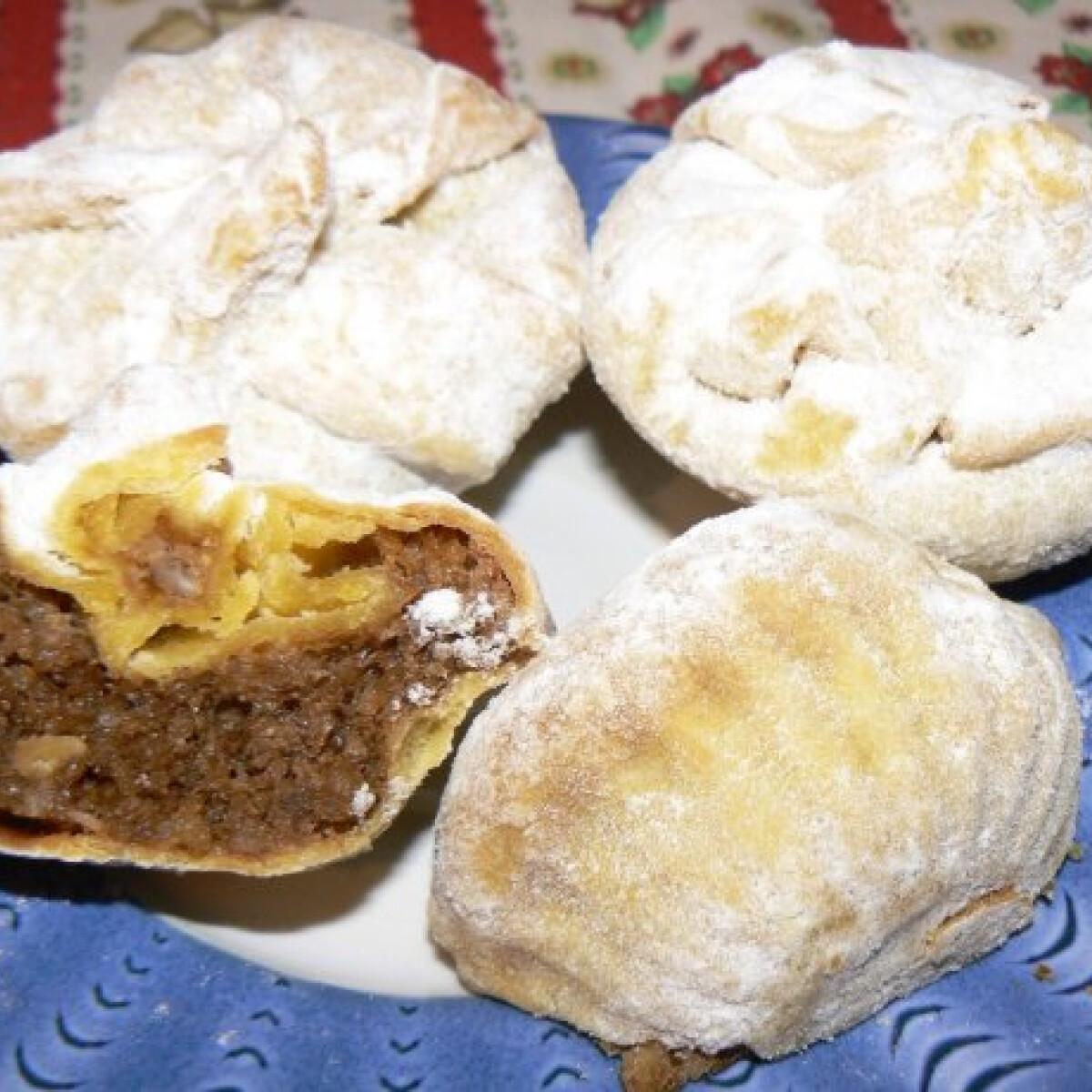 Ezen a képen: Diós kosárka Tésztásfül konyhájából