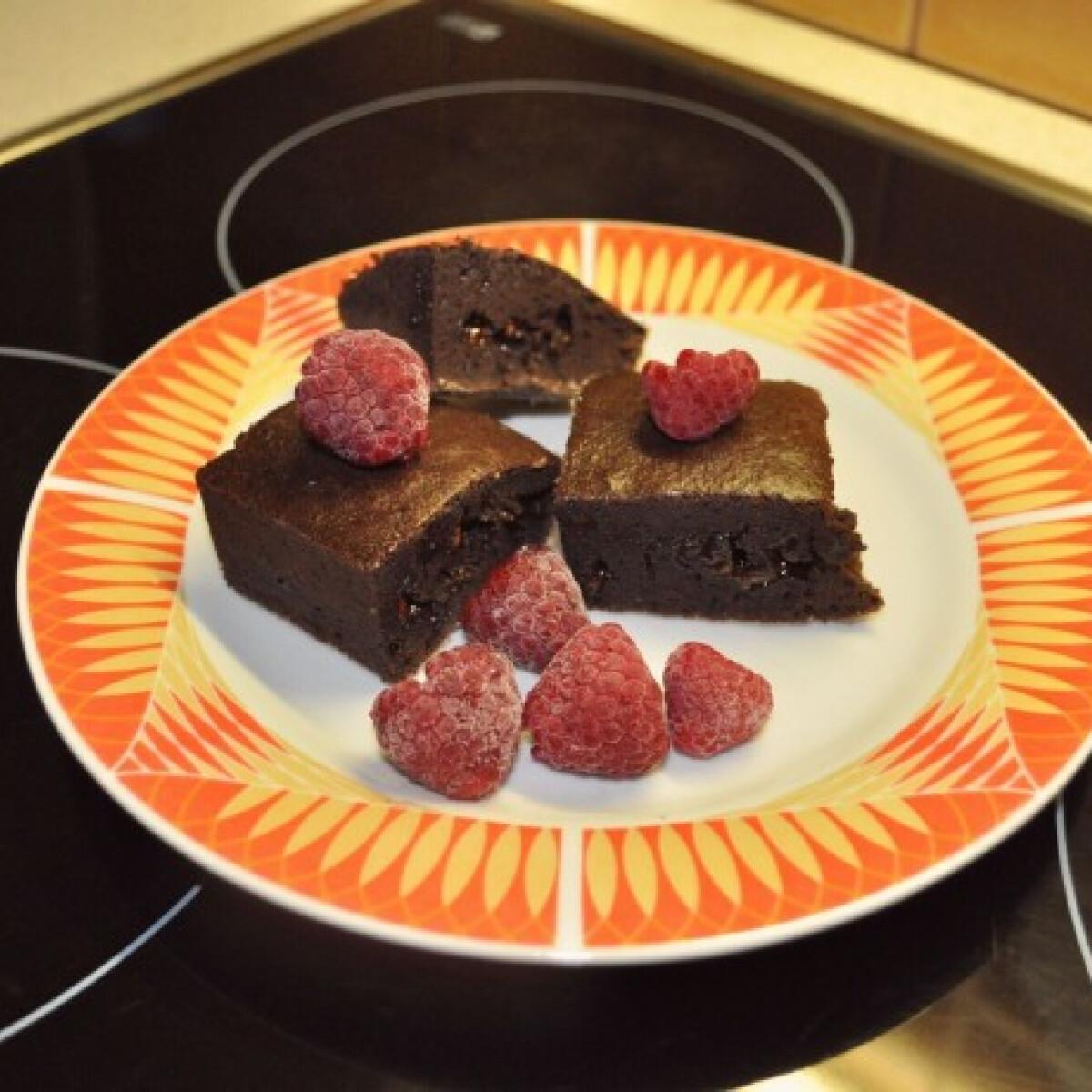 Kakaós-csokis brownie