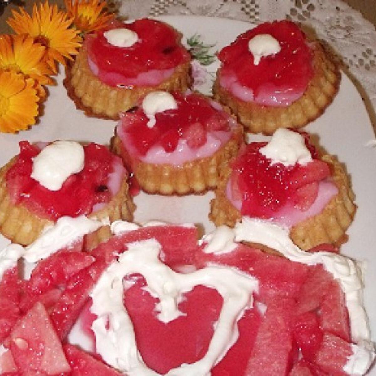 Ezen a képen: Görögdinnyés desszert