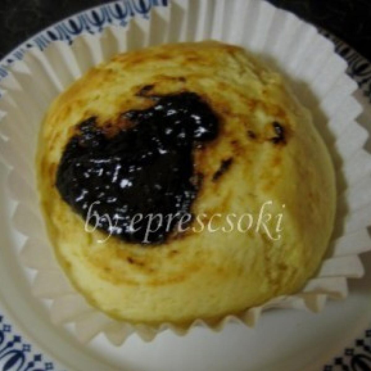 Ezen a képen: Szilvalekváros csufi muffin