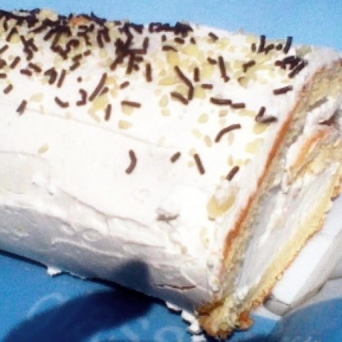 Ezen a képen: Citromkrémes piskótatekercs tejmentesen