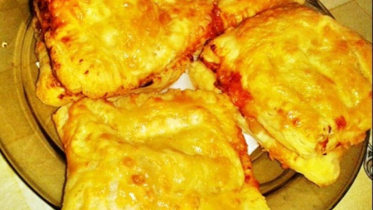 Pizzás párna leveles tésztából Dorcytól