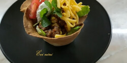 Taco kosár chili con carneval töltve