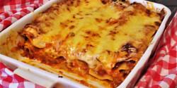 Lasagne darált húsos mártással