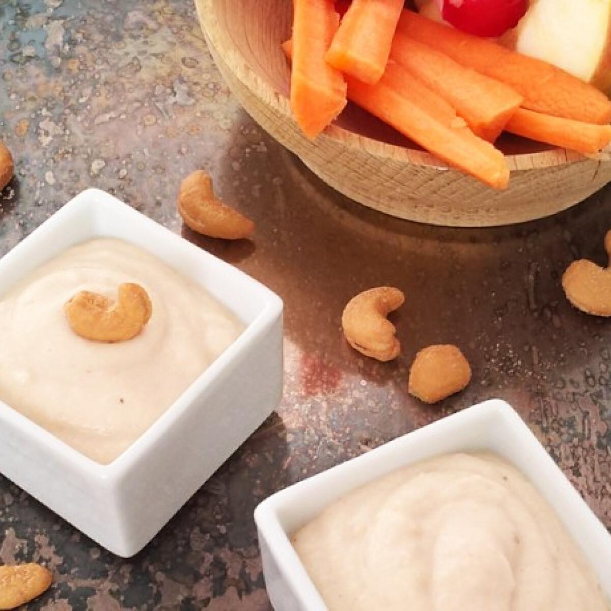 Ezen a képen: Vegán kesudiós fehérbabkrém