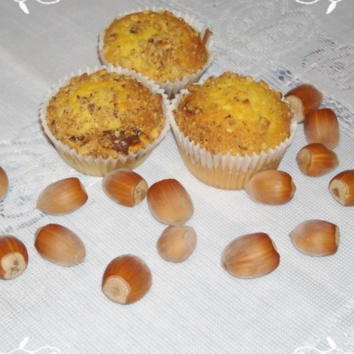 Ezen a képen: Mogyorós-nutellás muffin