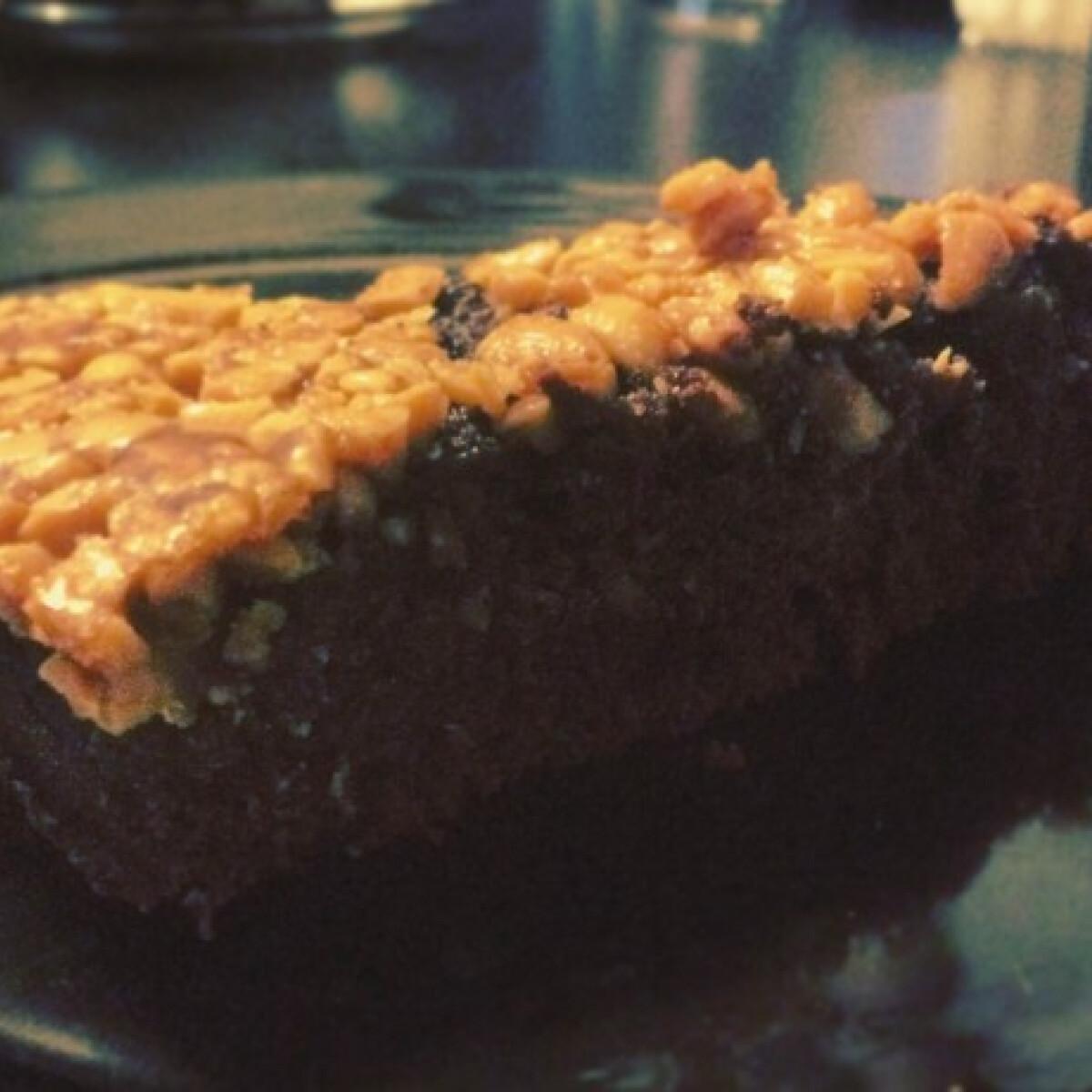 Ezen a képen: Snickers-torta