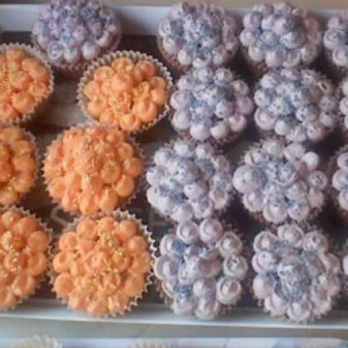 Ezen a képen: Csokis-narancsos muffin vajkrémmel