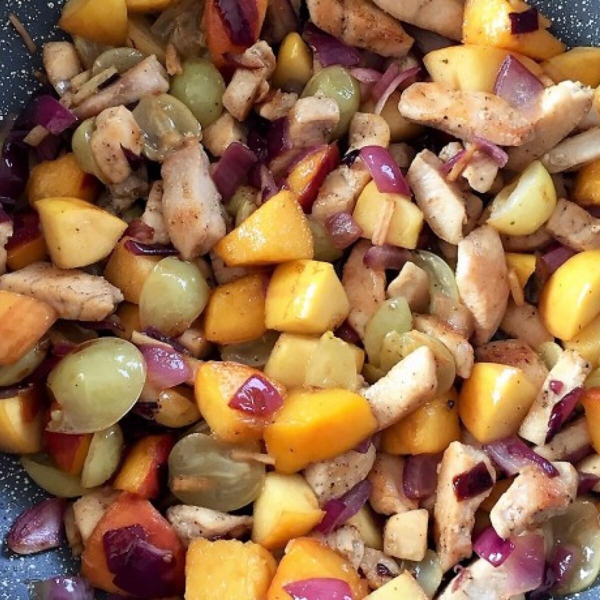 Ezen a képen: Őszi gyümölcsös csirkemell