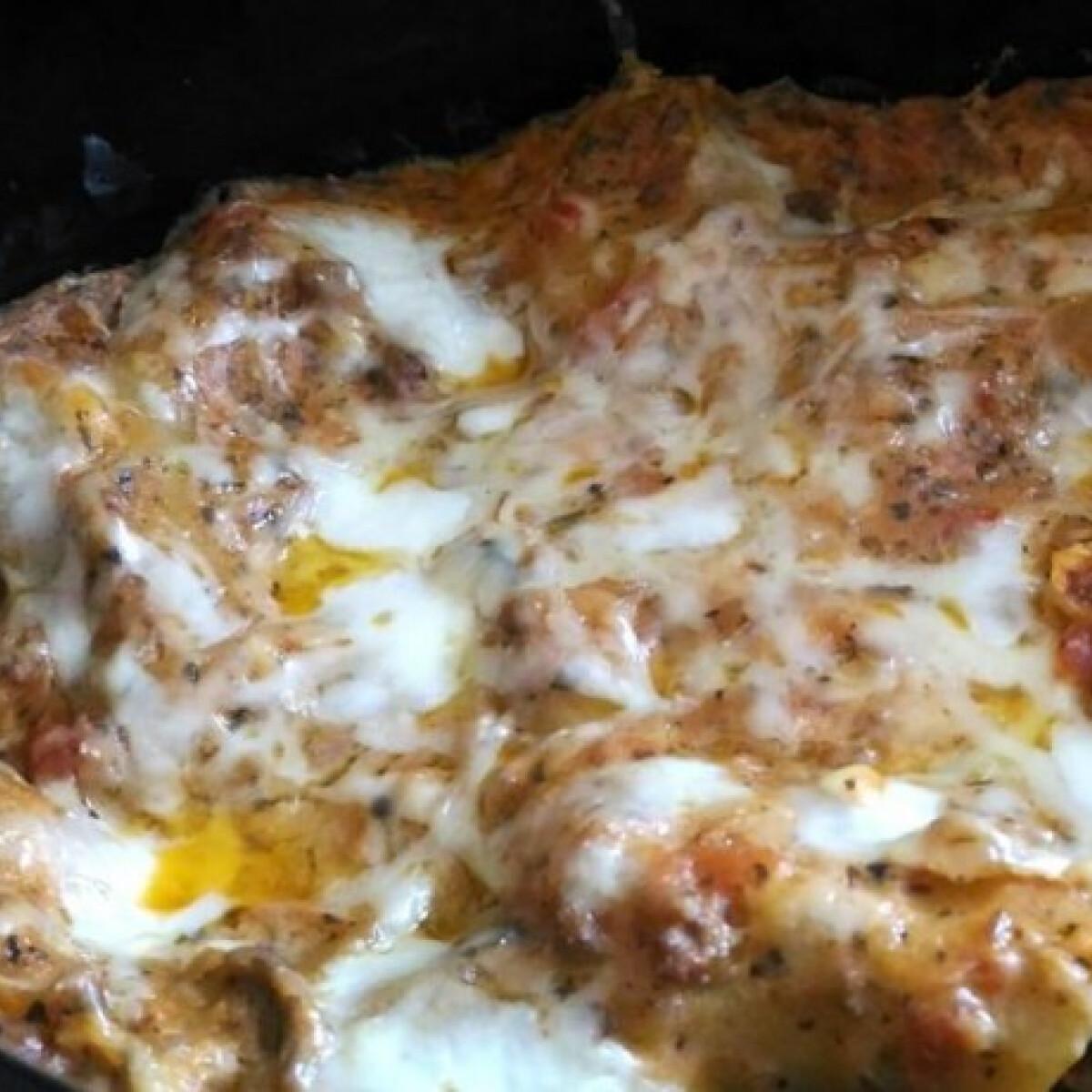 Ezen a képen: Lasagne olasz mártással