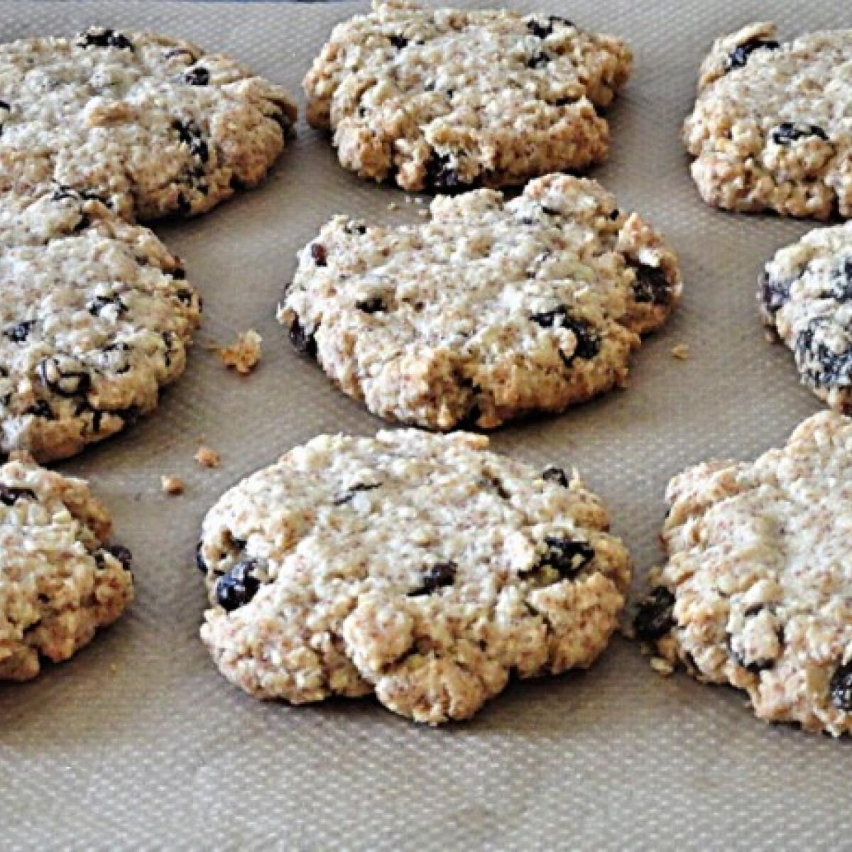 Mazsolás-zabpelyhes cookie