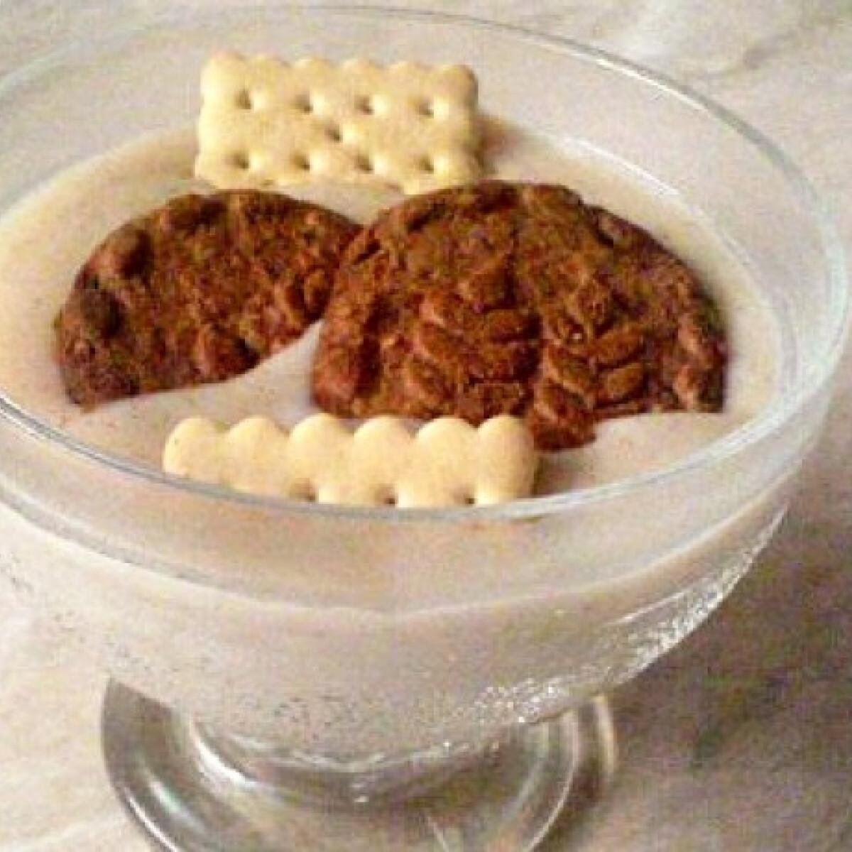 Ezen a képen: Fahéjas puding keksszel