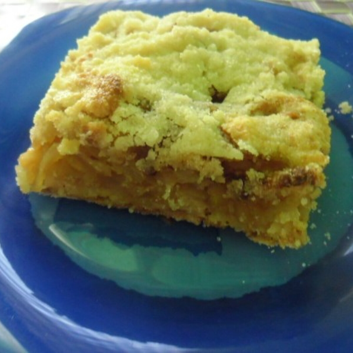 Ezen a képen: Reszelt almás pite