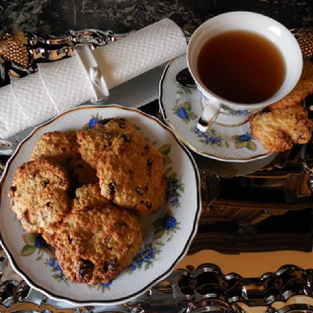 Zabpelyhes cookie tea kávé mellé