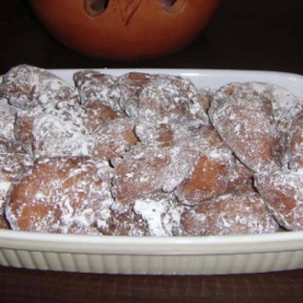 Ezen a képen: Almás fánkocskák