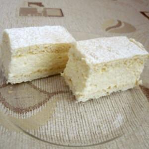 Túrókrémes sütemény