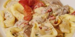 Tortellini fűszeres krémsajtos szószban