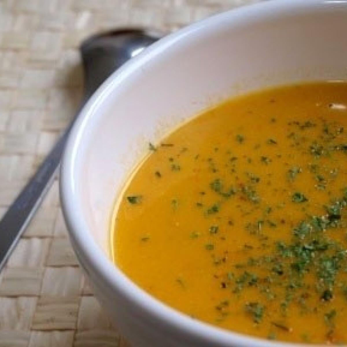 Ezen a képen: Narancsos sárgarépakrém leves 2.