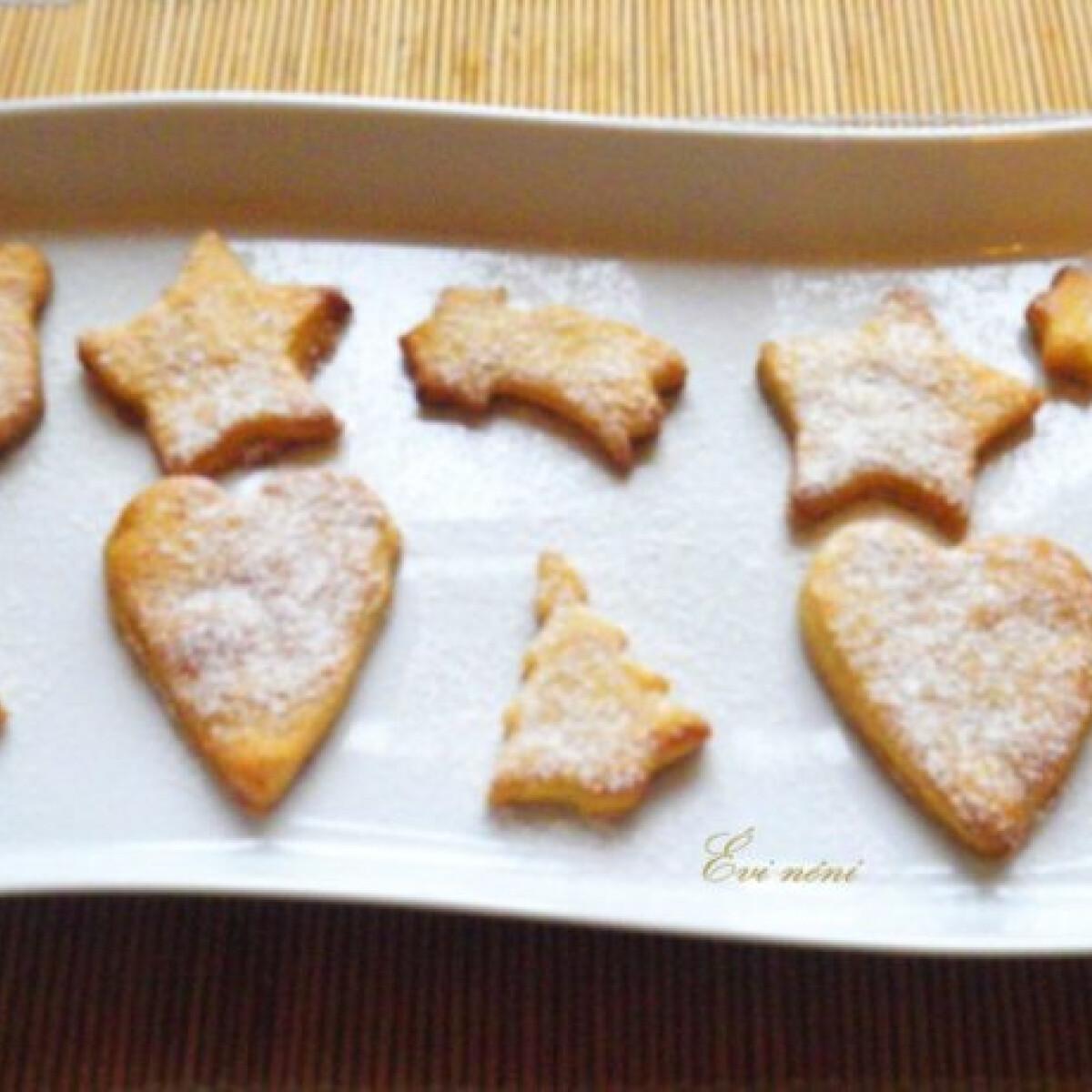 Ezen a képen: Narancsos sütemény karácsonyra