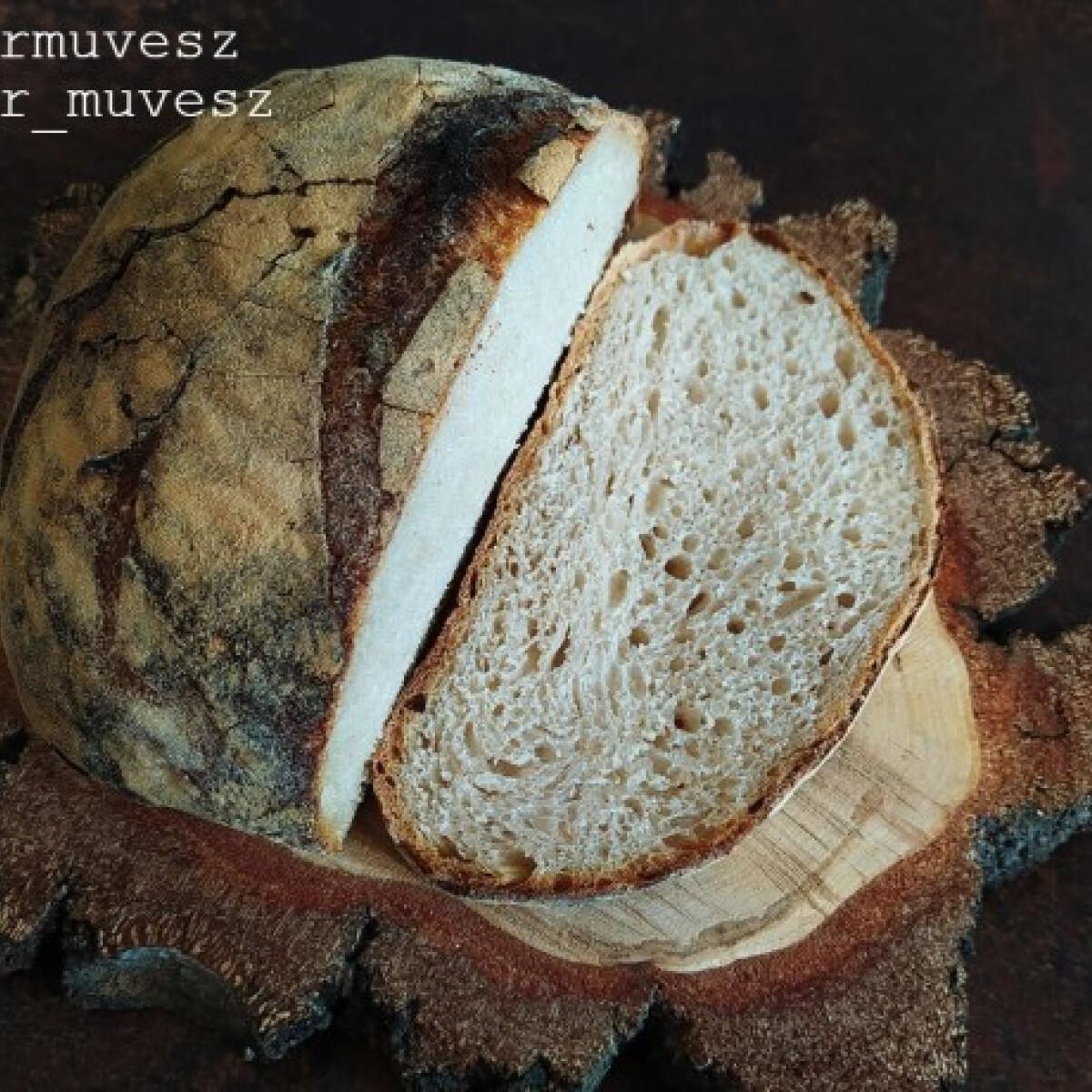 Ezen a képen: Kovászos kenyér kezdőknek
