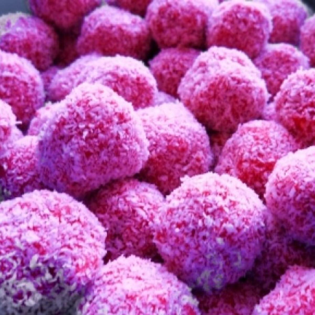 Ezen a képen: Pinky golyó