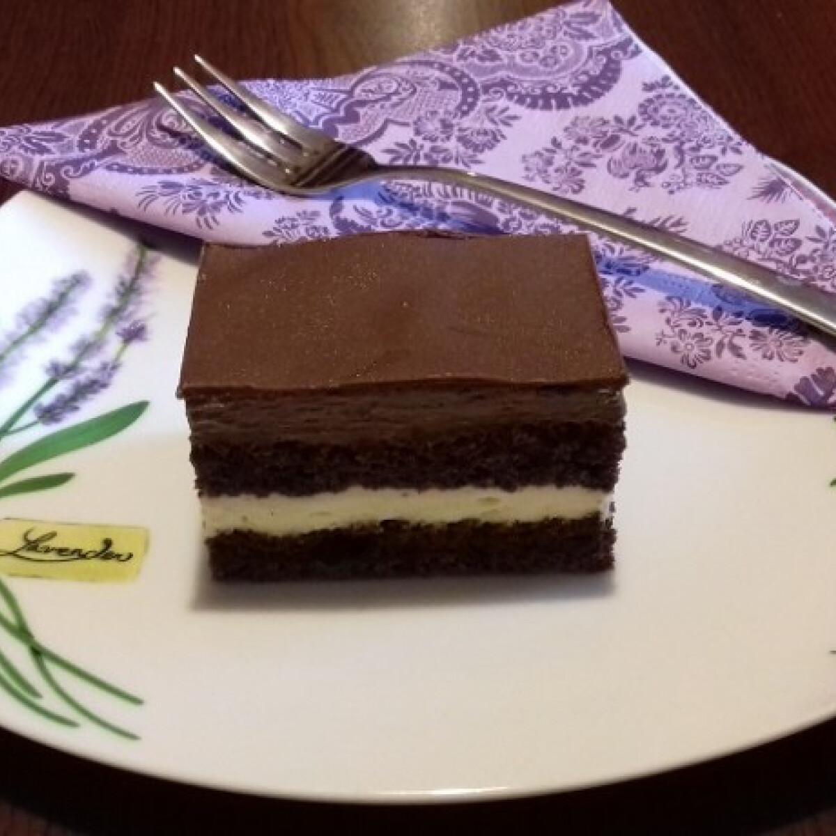 Ezen a képen: Kapucíner szelet BZsuzsika konyhájából