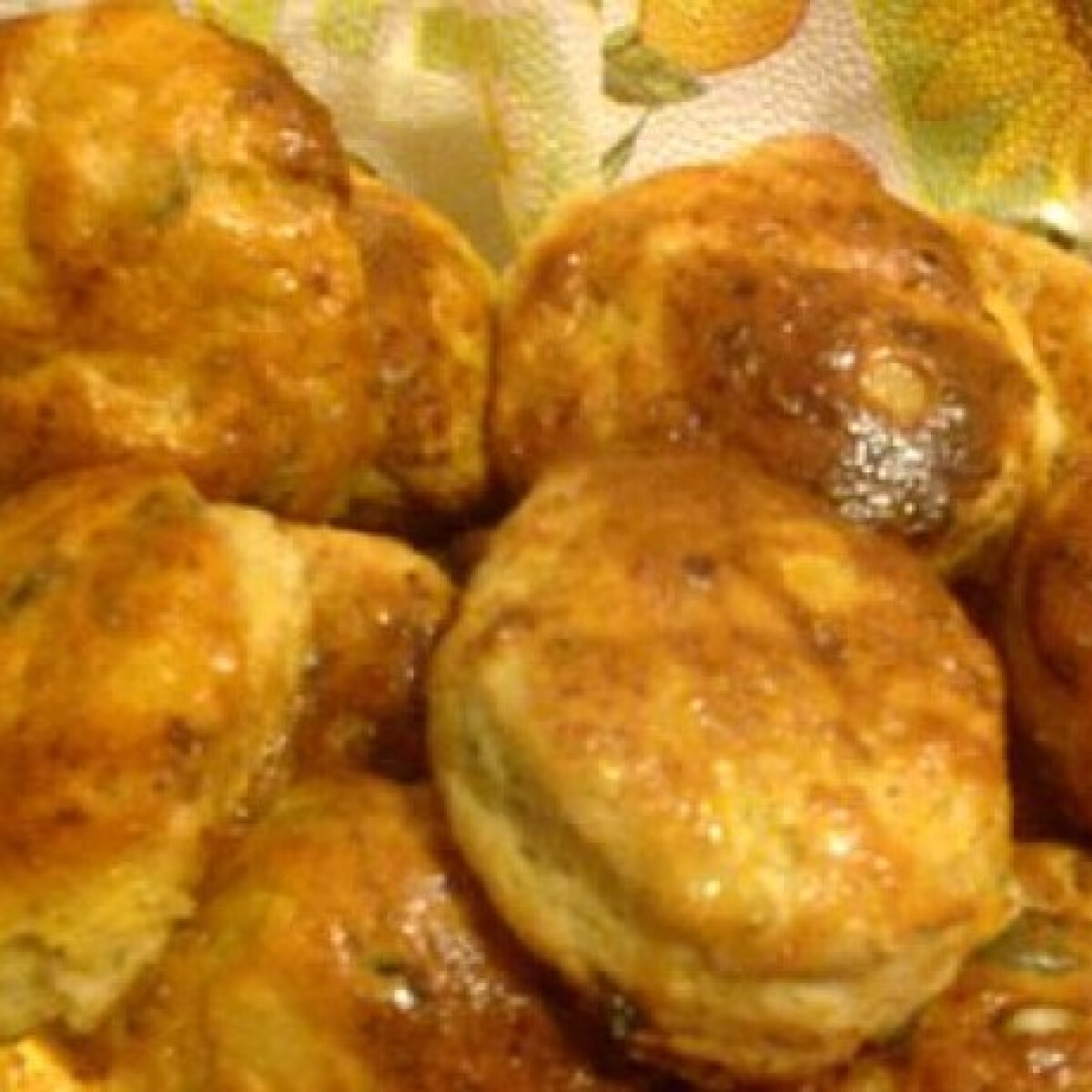 Ezen a képen: Tanyasi jellegű krumplis pogácsa