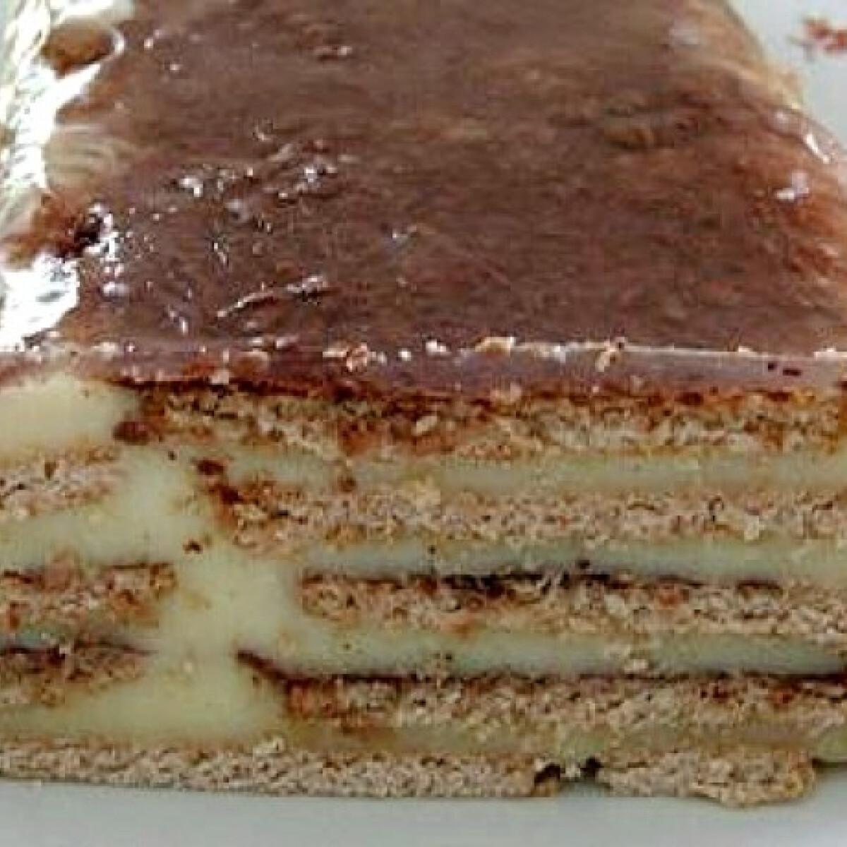 Ezen a képen: Vajas kekszes-vaníliapudingos desszert