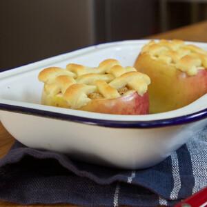 Almában sült rácsos pite