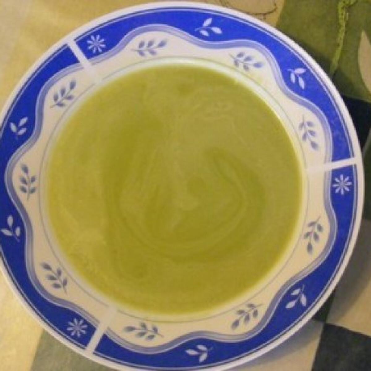 Ezen a képen: Spárgakrémleves 10.