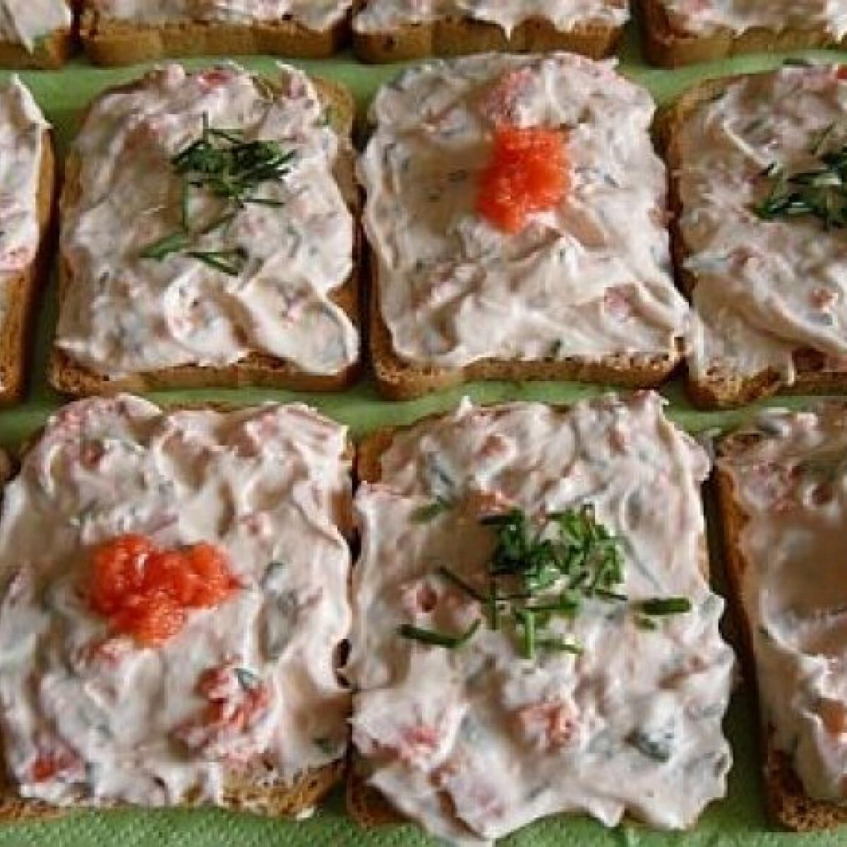 Ezen a képen: Snidlinges - lazacos szendvicskrém