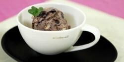 Joghurtos áfonyafagyi