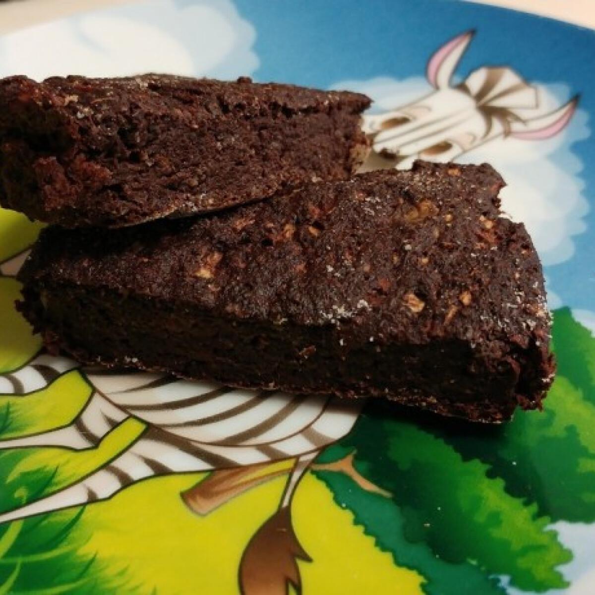 Glutén- és laktózmentes cukkinis süti