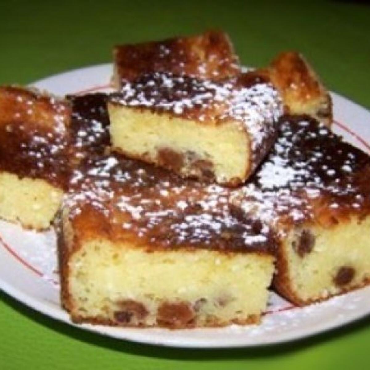 Ezen a képen: Túrós-pudingporos liszt nélküli süti