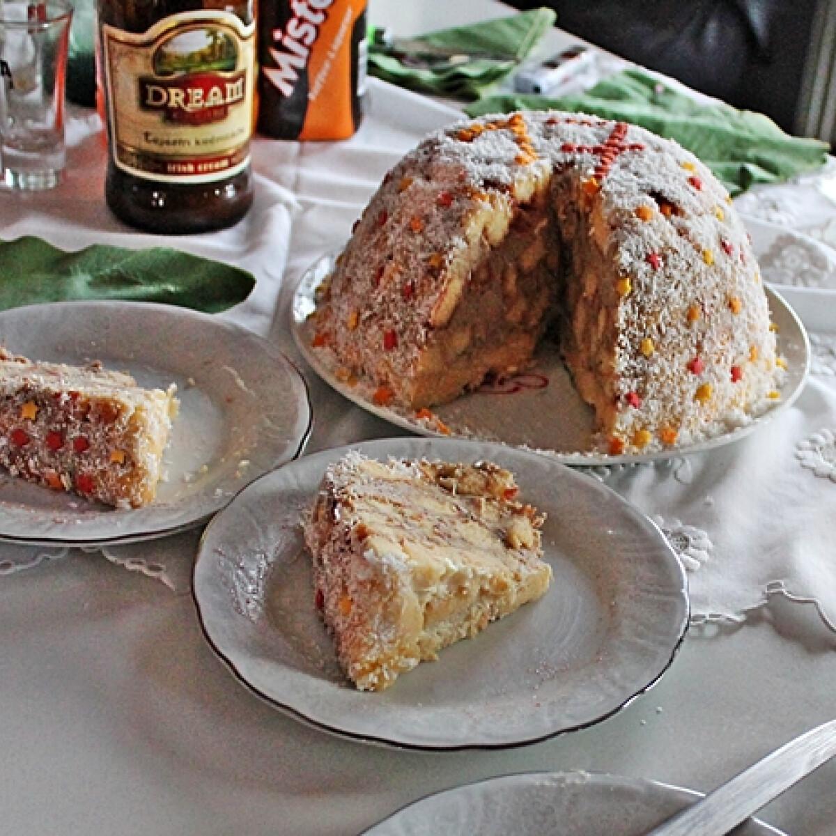 Ezen a képen: Gesztenyés hangyaboly torta