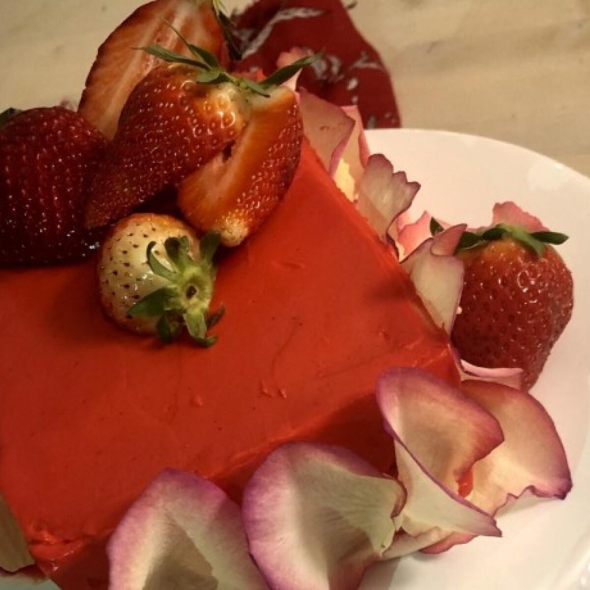 Laktózmentes piros torta