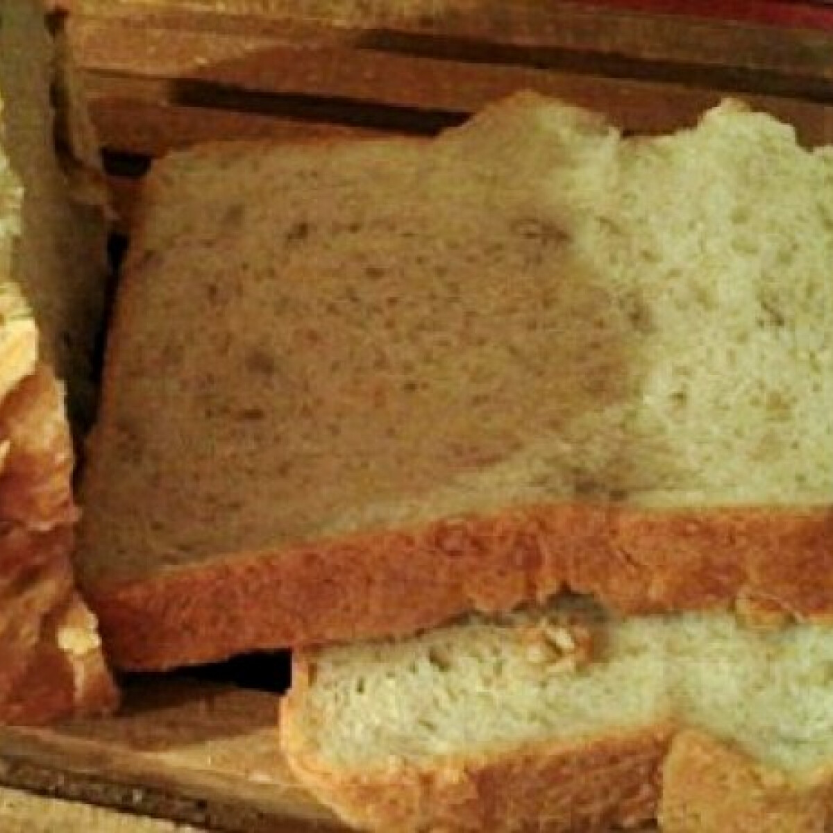 Ezen a képen: Túrós kenyér napraforgómaggal