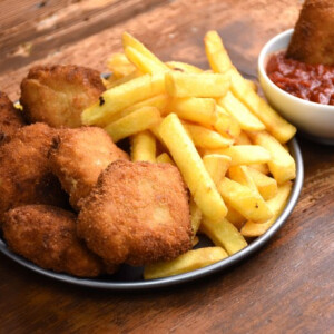 Házi chicken nuggets bbq szósszal