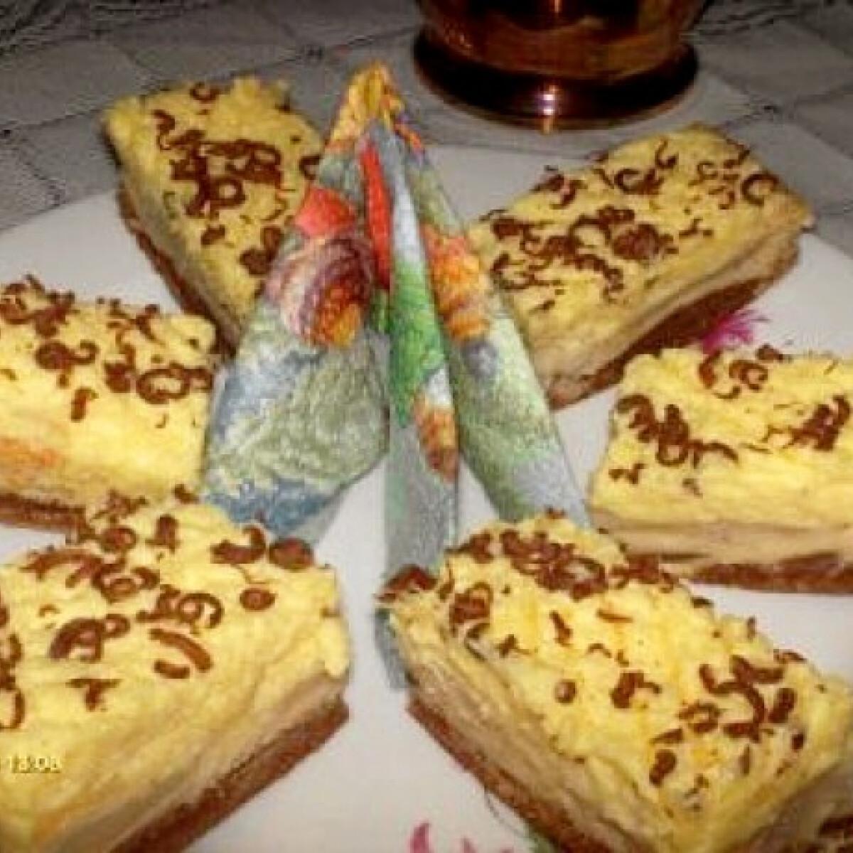 Krémes almás sütemény