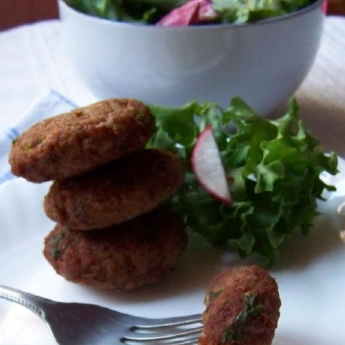 Ezen a képen: Fűszeres mini sertésfasírtok