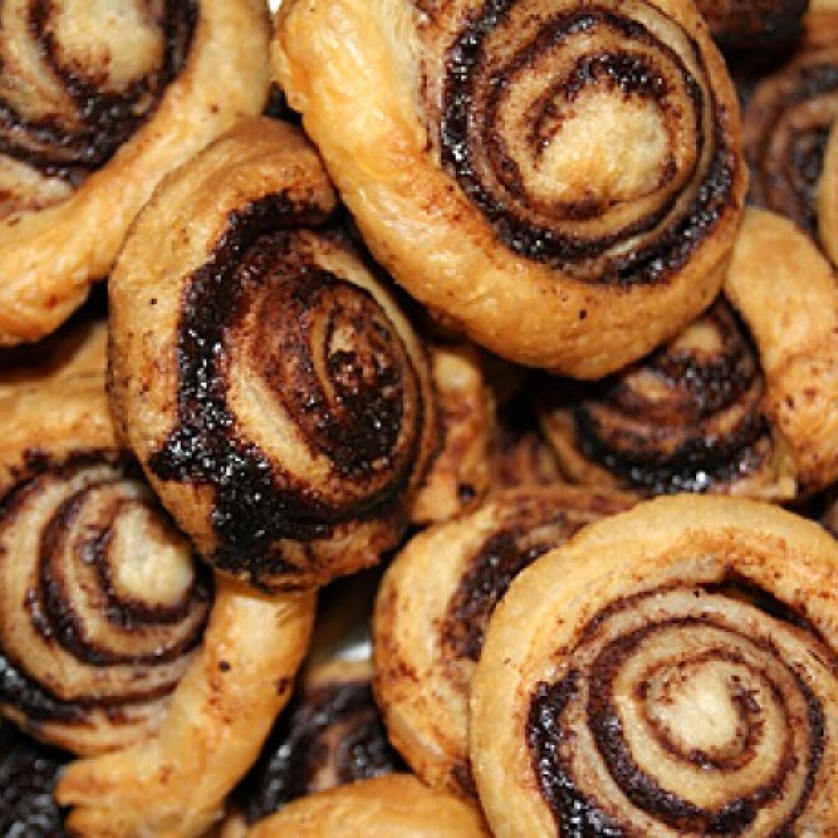 Ezen a képen: Mini kakaós csiga Osli konyhájából